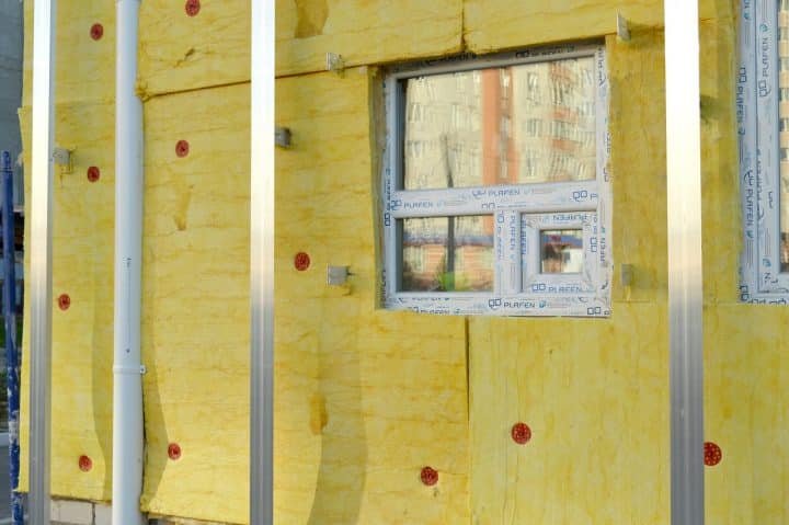 L'isolation d'une maison par projection de mousse polyuréthane : pourquoi et comment?