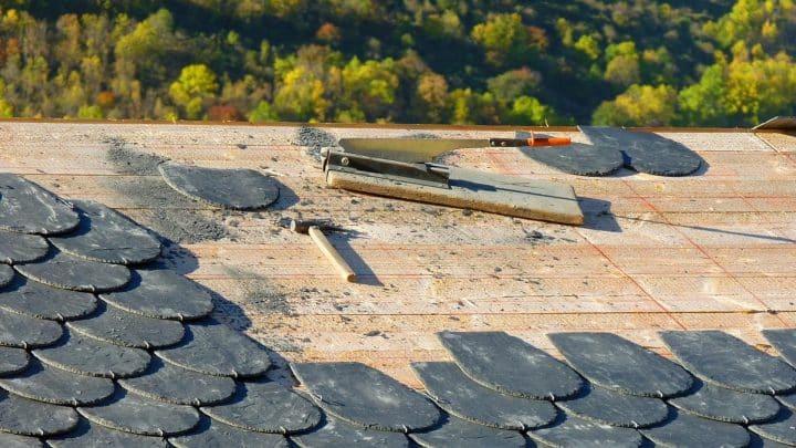 Comment poser l'ardoise sur votre toiture