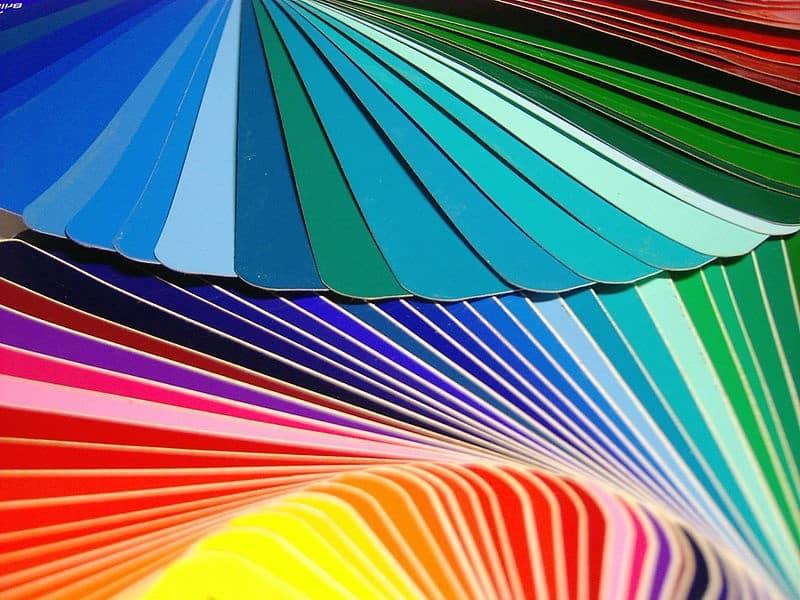 Peinture intérieure : les 6 couleurs tendance pour décorer vos murs