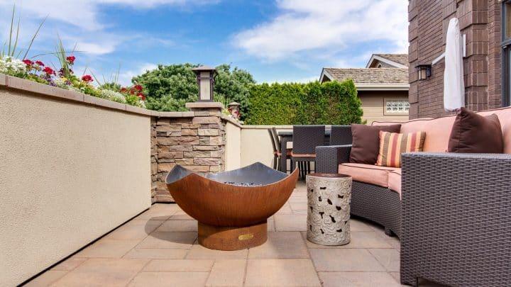 Une terrasse sur plots pour vous faciliter la vie